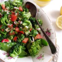 green salad with olive oil dressing