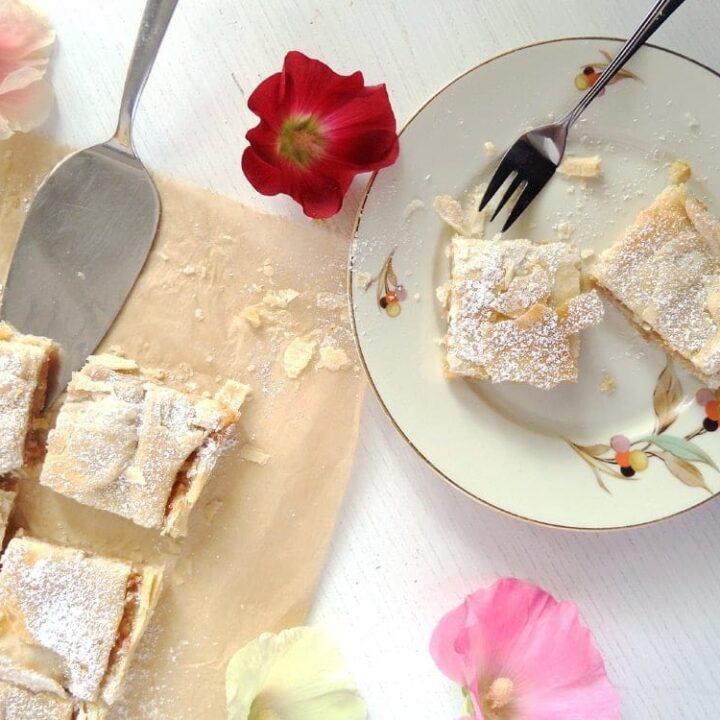 Romanian Apple Pie Recipe