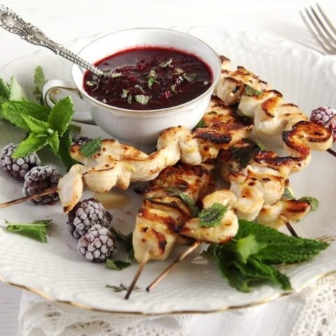 blackberry chicken recipe with grilled skewers and mint