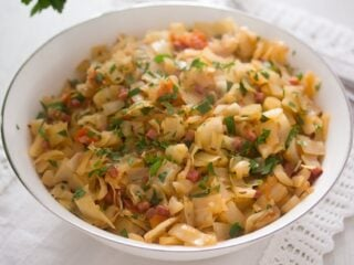 recipe for fried cabbage with bacon in a bowl