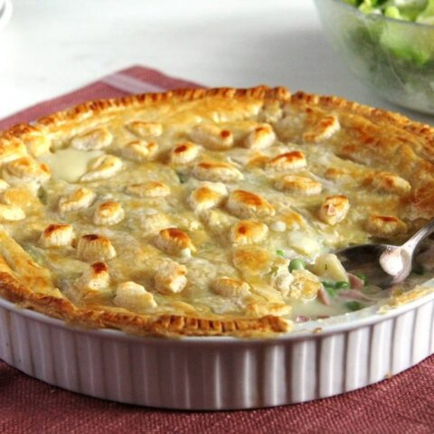 chicken and ham pie with puff pastry