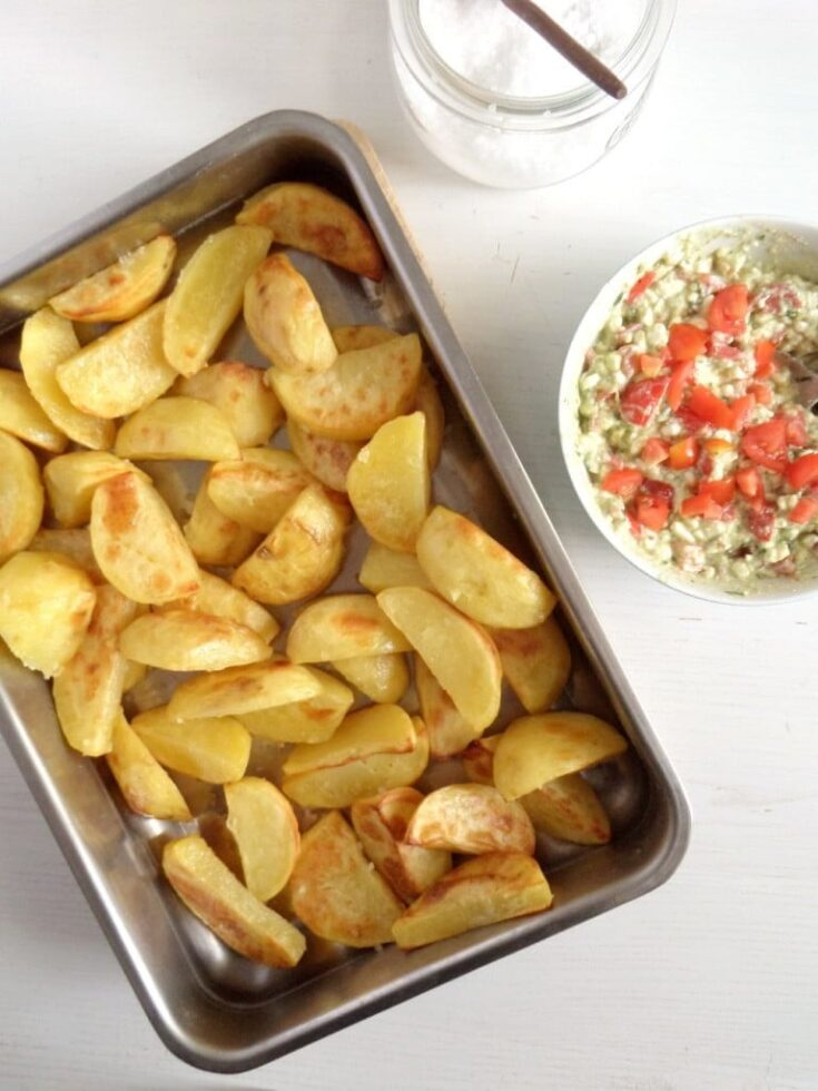 baked potatoes with cottage cheese, Baked Potatoes with Cottage Cheese