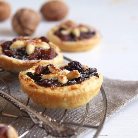 mincemeat pies with easy mince pie filling