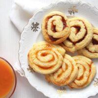 swirl cookies on a plate