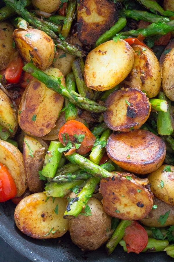 pan roasted asparagus and potatoes 11 Pan Fried Asparagus and Potatoes – Green Asparagus Recipe