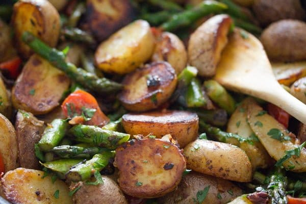 pan roasted asparagus and potatoes 13 Pan Fried Asparagus and Potatoes – Green Asparagus Recipe
