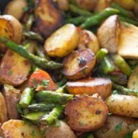 pan roasted asparagus and potatoes 9 200x200 Pan Fried Asparagus and Potatoes – Green Asparagus Recipe