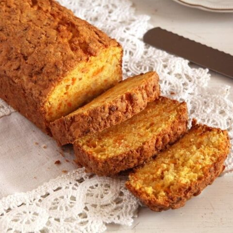 pumpkin cake with almonds
