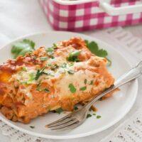 sour cream chicken enchiladas 14 200x200 Sour Cream Chicken Enchiladas – Easy Mexican Enchilada Recipe