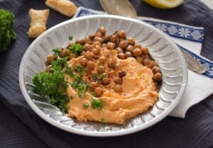 roasted red pepper hummus 7 300x209 Roasted Red Pepper Hummus Recipe – with Chickpeas and White Beans