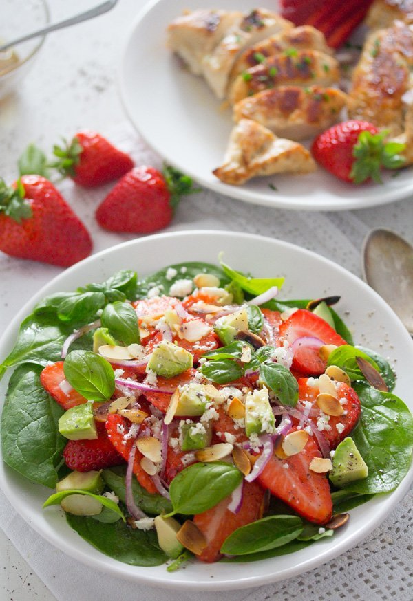 strawberry salad with poppy seed dressing 4 Strawberry Salad with Poppy Seed Dressing and Almonds