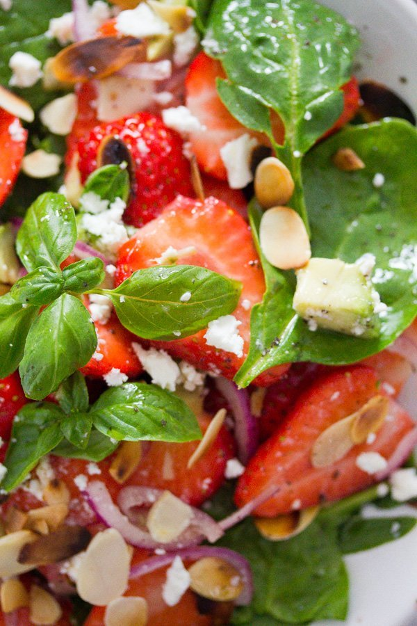 strawberry salad with poppy seed dressing 7 Strawberry Salad with Poppy Seed Dressing and Almonds