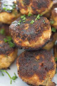 turkey meatballs 13 200x300 Easy Turkey Meatballs Without Breadcrumbs – Low Carb Turkey Meatballs