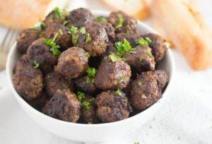 turkish meatballs 7 300x204 Beef Kofta Recipe – Spicy Turkish Meatballs
