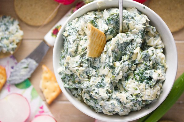 Easy Spinach Artichoke Dip – No Bake