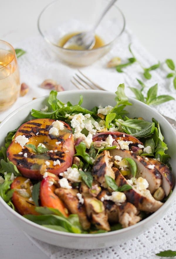 bowl of grilled peach salad