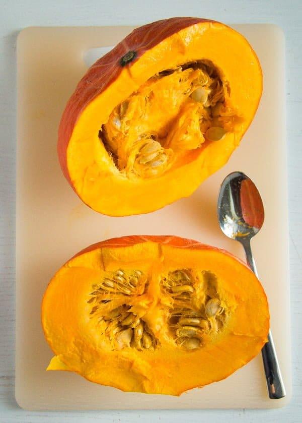halved pumpkin for roasting