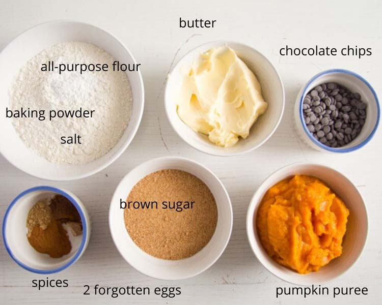 ingredient list for chocolate chip pumpkin muffins
