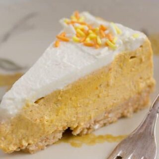 no bake pumpkin cheesecake with gingersnap crust