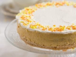 no bake cake with pumpkin and biscuits