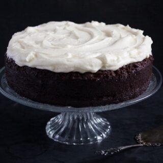 chocolate cake 2 320x320 Chocolate Cake with Cream Cheese Frosting