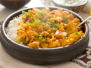 bowl of cauliflower curry with rice