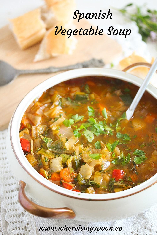 spanish vegetable soup, Spanish Vegetable Soup (Sopa de verduras)