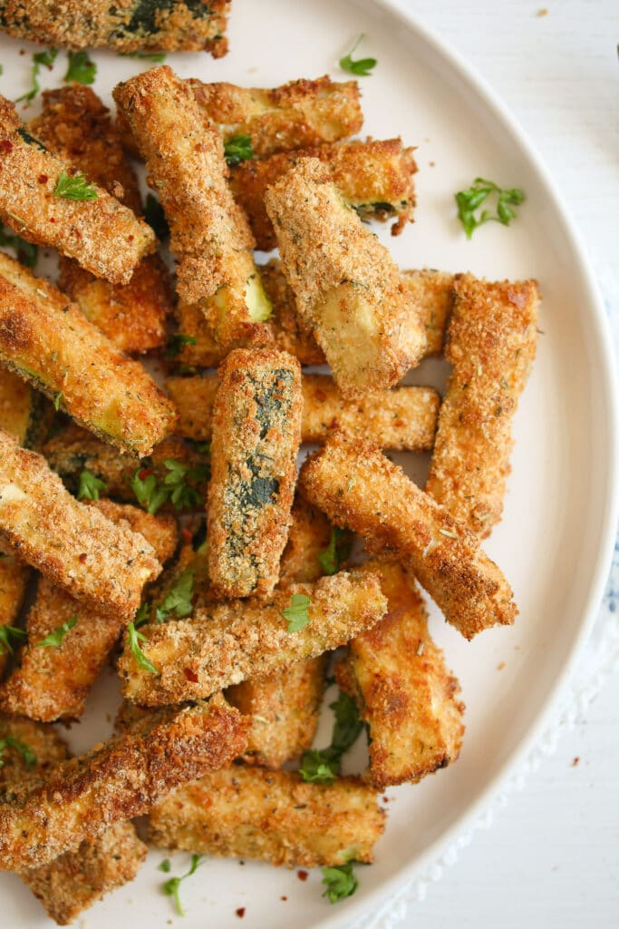 crispy zucchini fries made in the air fryer
