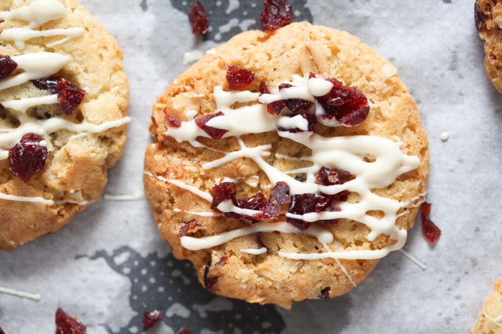 cookie with cranberries and white chocolate