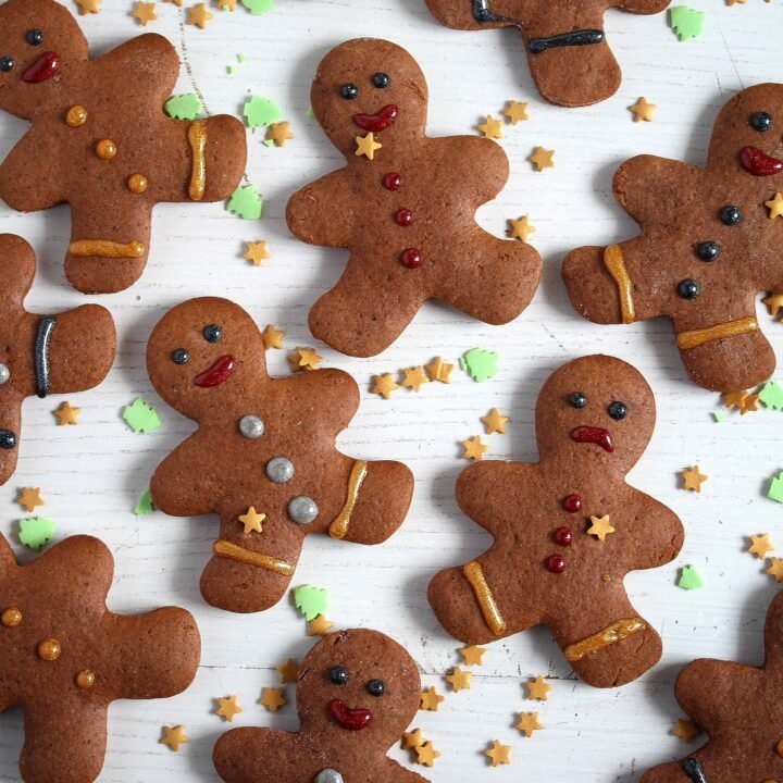 gingerbread without molasses cut into gingerbread men