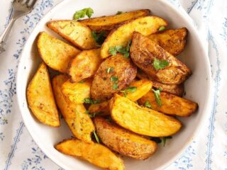 bowl of air fryer potato wedges close up